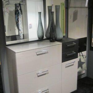 garderoben m bel urban. Black Bedroom Furniture Sets. Home Design Ideas