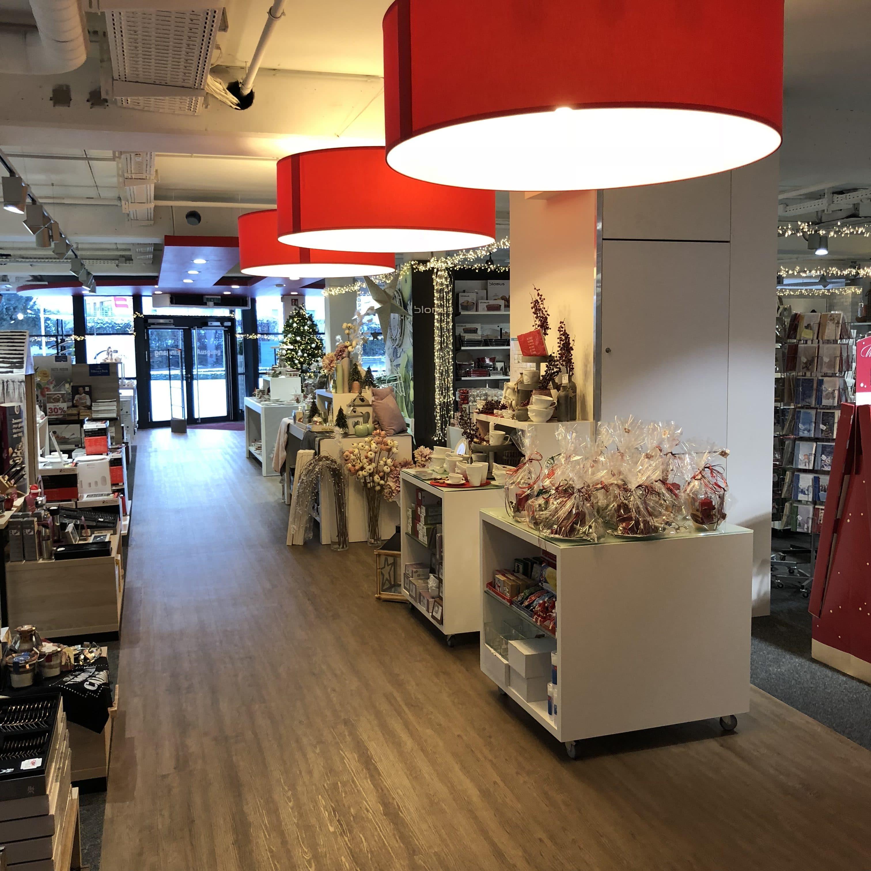 260911bcdaa3fc Boutique - Möbel Urban